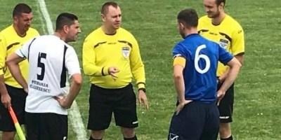 """Meciurile și arbitrii etapei a 28-a a Ligii a IV-a Arad: Speranțele Săvârșinului sunt """"fluierate"""" de Deac"""