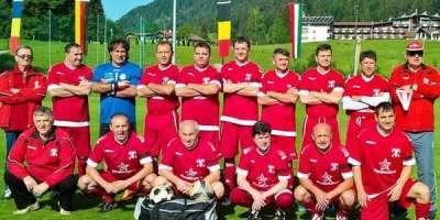 """""""Old- boys"""" UTA a cucerit locul 4 și…multe inimi la turneul de la Kössen"""