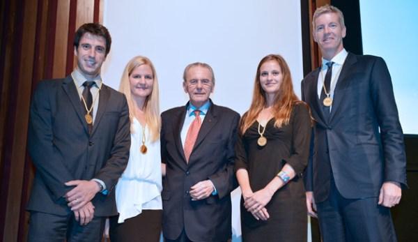 De gauche à droite, Tony Estanguet ; Kirsty Coventry ; Jacques Rogge, ancien Président du CIO ; Danka Bartekova et James Tomkins (Crédits - CIO / R. Juilliart)