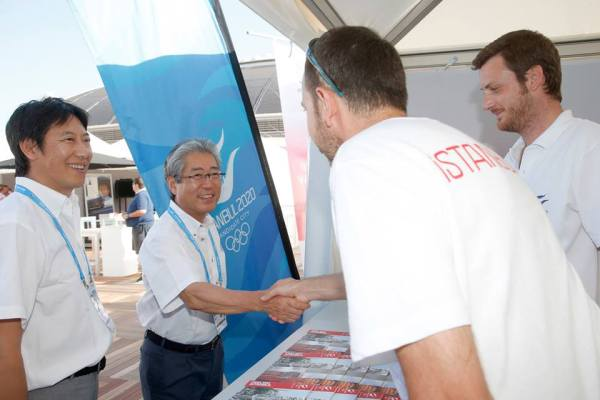 Tokyo 2020 - Tsunekazu Takeda rencontre les bénévoles d'Istanbul 2020 - Barcelone 2013