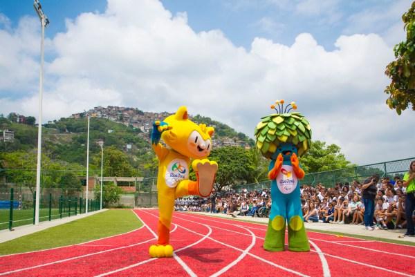 Les mascottes des Jeux de Rio 2016, Vinicius et Tom (Crédits – Rio 2016 / Alex Ferro et Rafael Sena)