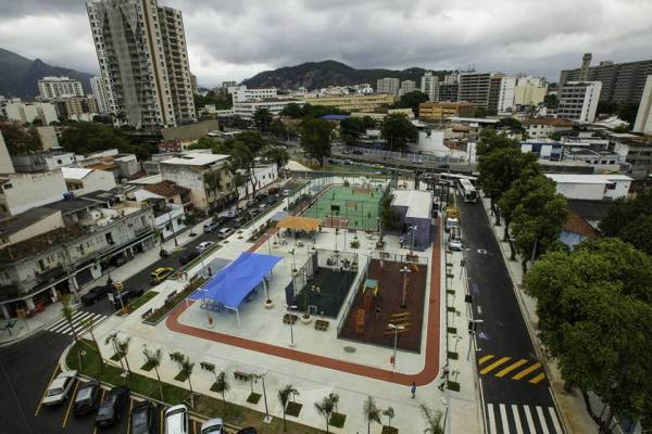 Vue de la Place Niterói réaménagée (Crédits - Cidade Olimpica)