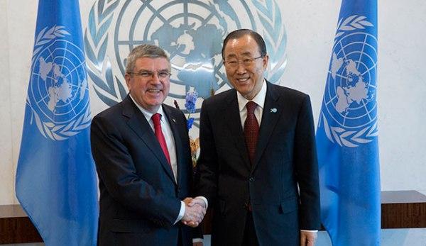 Le Président du CIO, Thomas Bach et le Secrétaire Général des Nations Unies, Ban Ki-moon (Crédits - CIO / Ian Jones)