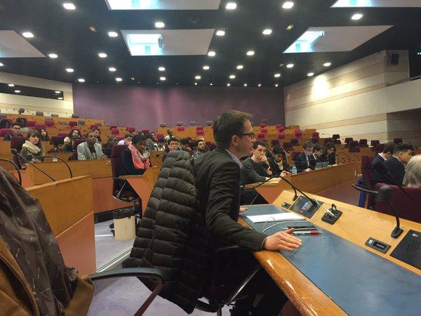 """Pierre-Yves Bournazel, Délégué spécial auprès de la Présidente de la Région Île-de-France, s'est déclaré """"très heureux de la contribution des jeunes"""" du CRJ (Crédits - Twitter officiel de Pierre-Yves Bournazel)"""