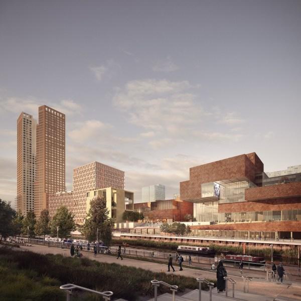 De droite à gauche, le futur musée V&A ; le théâtre Sadler's Wells (au centre) ; et les bâtiments d'enseignements et de résidences du London College of Fashion (Crédits - Forbes Massie / Allies and Morrison / O'Donnell + Tuomey / Arquitecturia)