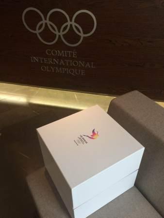 Livraison du second volet de la candidature au siège du Comité International Olympique (Crédits - LA 2024)