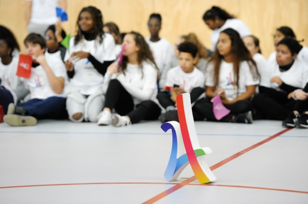 La candidature de Paris 2024 s'est déjà rendue à plusieurs reprises dans des établissements scolaires, comme ici au Collège Dora Maar de Saint-Denis, vendredi 03 février 2017 (Crédits - Alain Gadoffre / KMSP / Paris 2024)