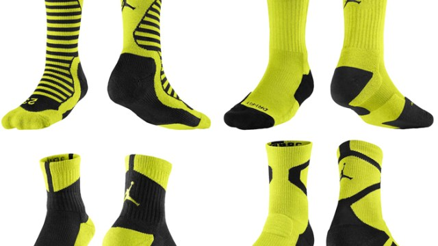"9f61d3da461 Socks to Sport with the Air Jordan 10 ""Venom Green"""