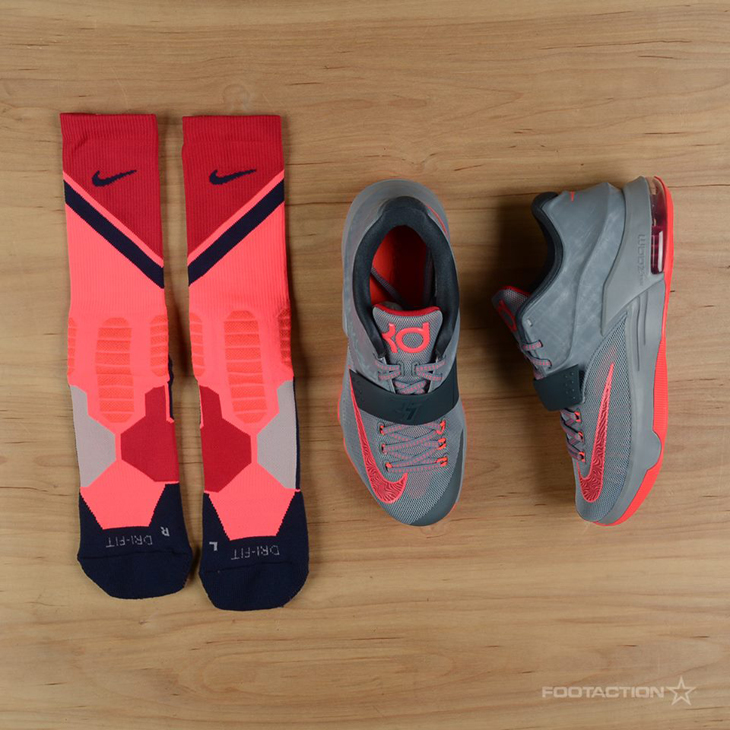"ed52cc24000 Nike Hyper Elite World Tour Socks to Hook with the Nike KD 7 ""Calm Before  the Storm"""
