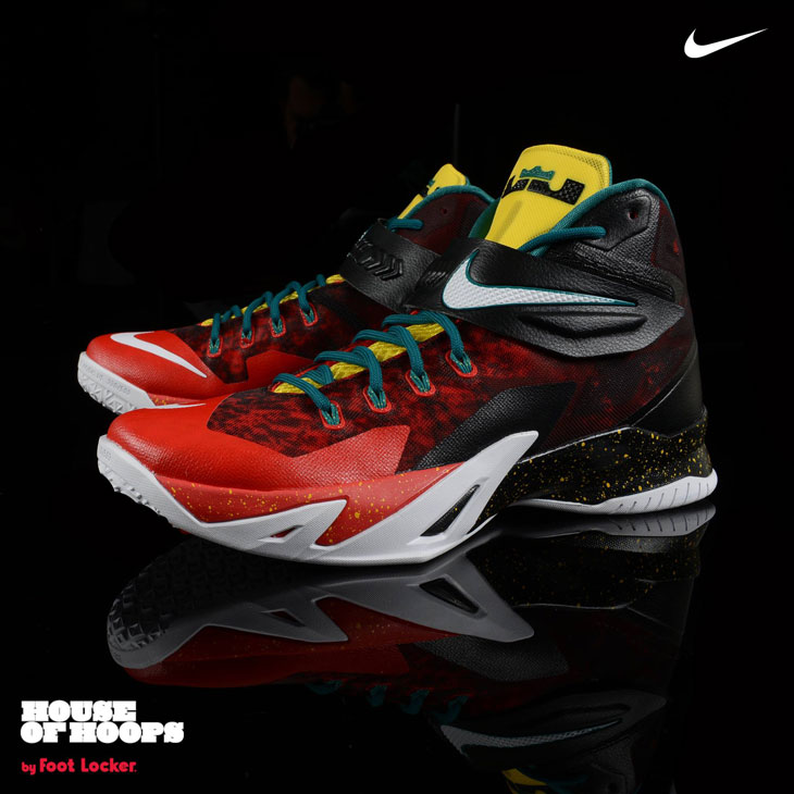 f047535c874a Nike LeBron Zoom Soldier VIII Christmas