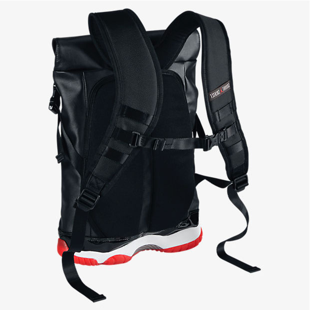 7d8e0f0fdc48 air-jordan-11-shoe-bag-black-red-image-