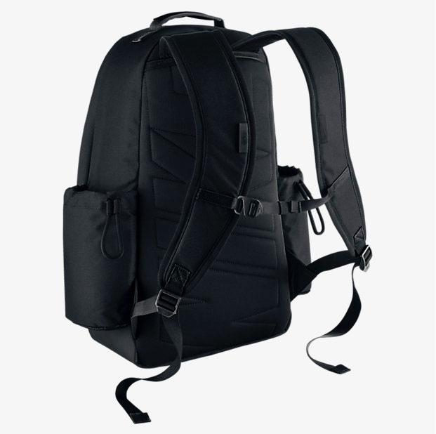 69b75a649b38 nike-kyrie-backpack-black-gold-back