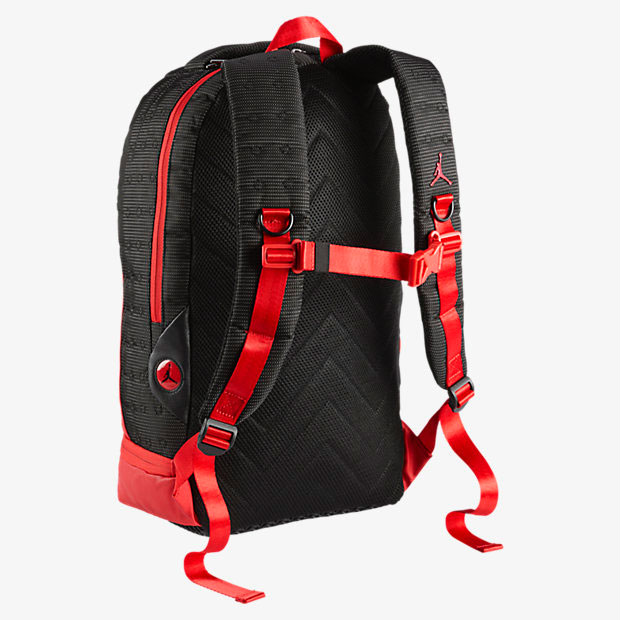 eac46a86ae8178 air-jordan-13-bred-backpack-2