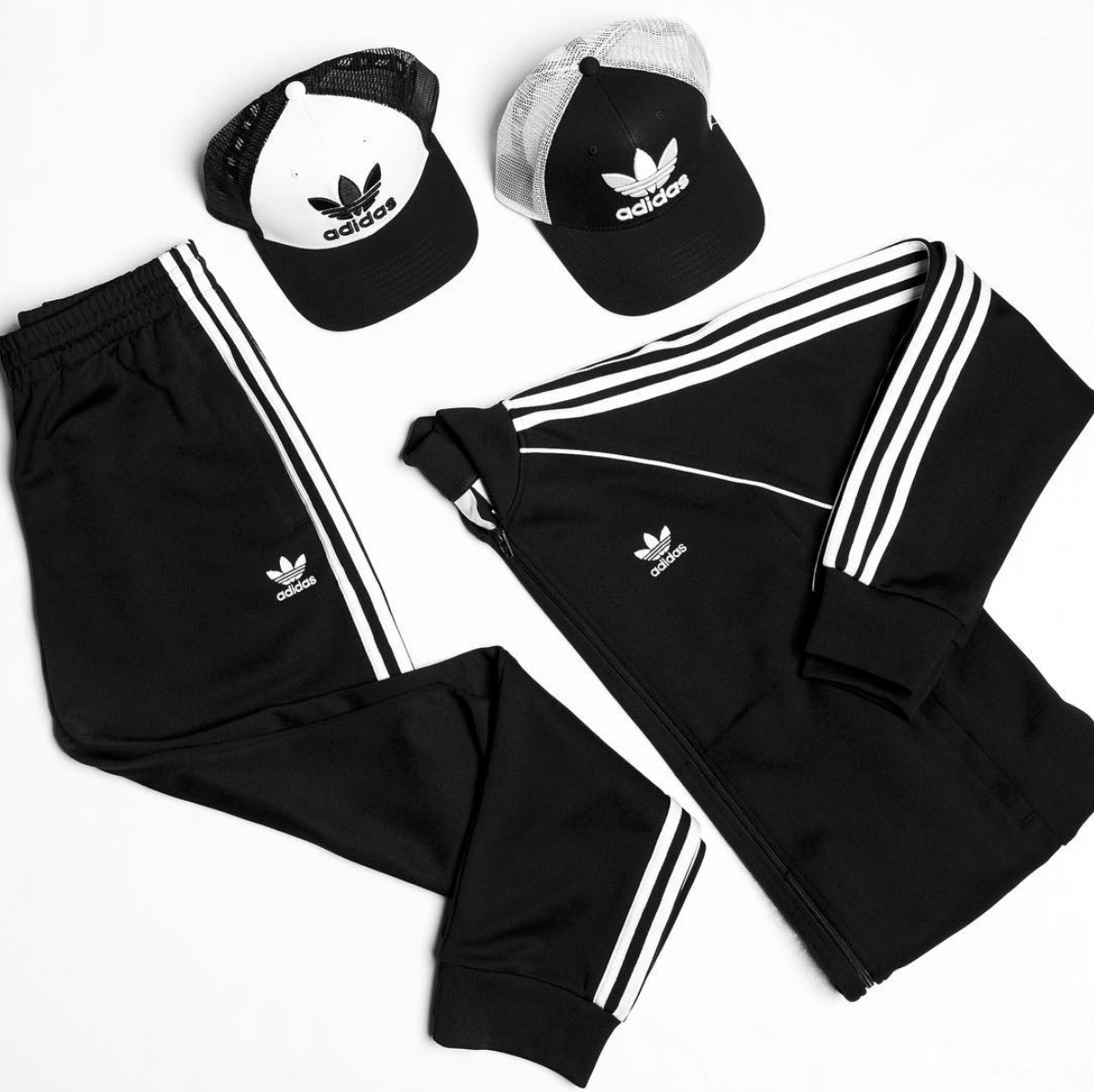 Adidas Originals Superstar chaqueta pantalones gorras