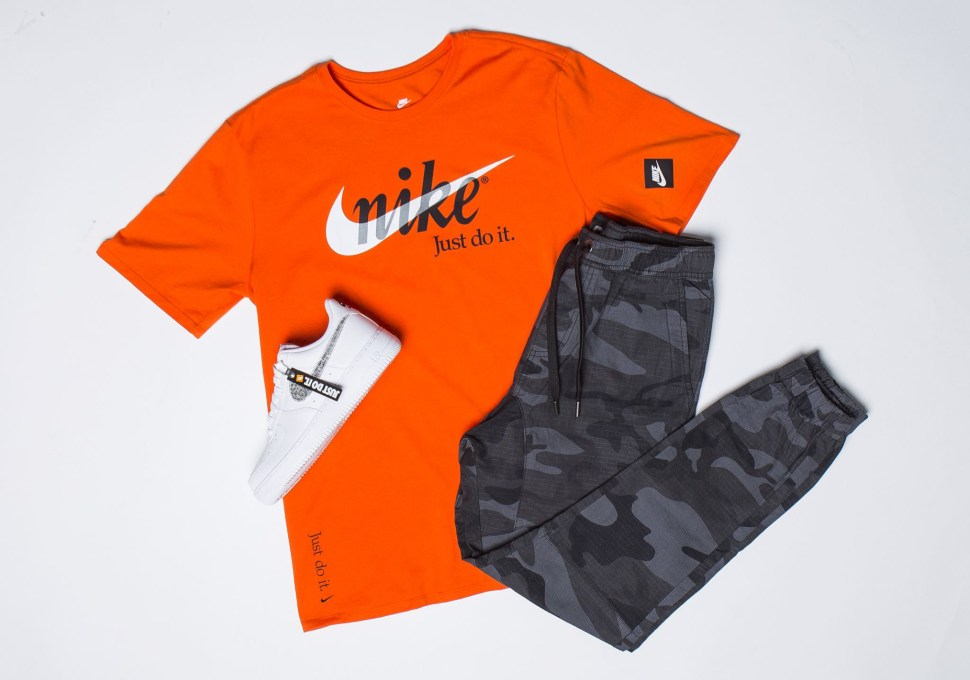 2f724ac4b3a2c Nike Air Force 1 JDI Just Do It Shirt Match