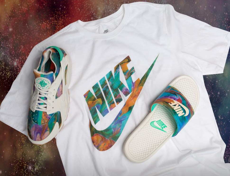 878abe021 Nike Alternate Galaxy Sneaker Tee Shirt