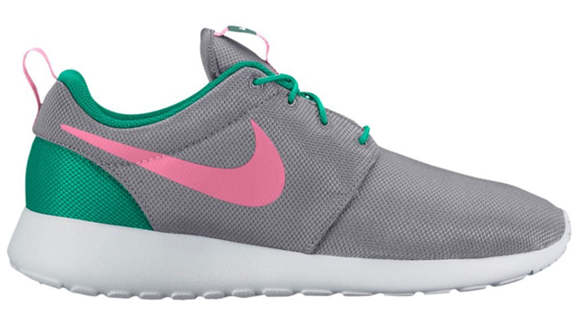 """The Nike Sportswear """"South Beach"""" Collection has hit for spring and summer 5338b3a7c"""