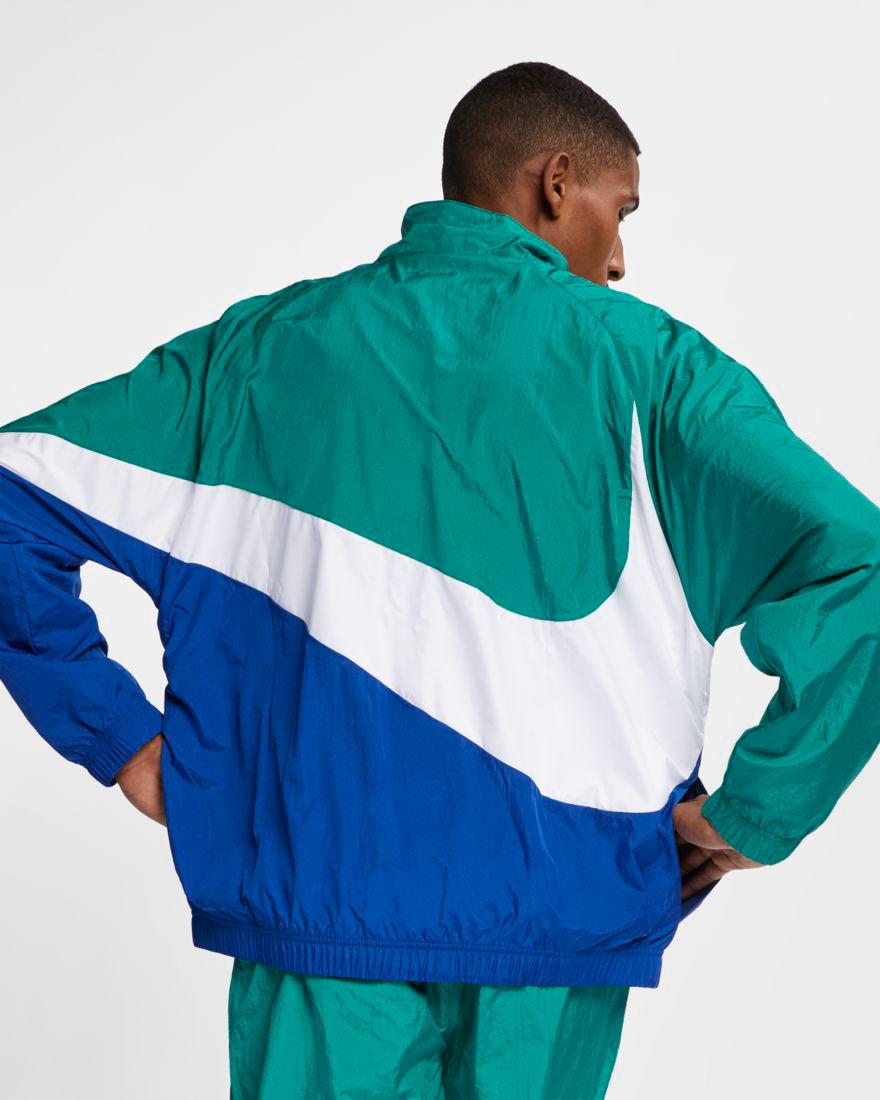 6617e1bd38ce nike-sportswear-big-swoosh-jacket-green-royal-2
