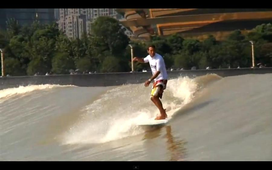 River Wave Surfing @ Silver Dragon, China