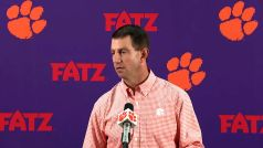 Clemson Up To No. 2, LSU Drops Big: NCAAF AP Top 25 – Week 4