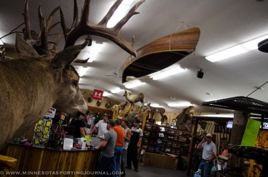 7913 - mn archery store