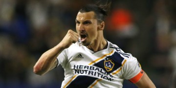 Ibrahimovic reportedly hold talks with AC Milan over free transfer