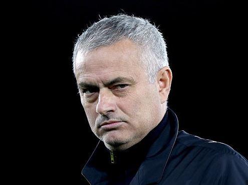 Mourinho says no club like Tottenham in the world