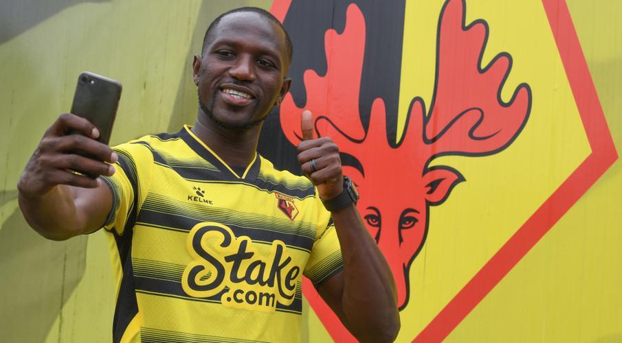 Watford sign midfielder Sissoko from Tottenham