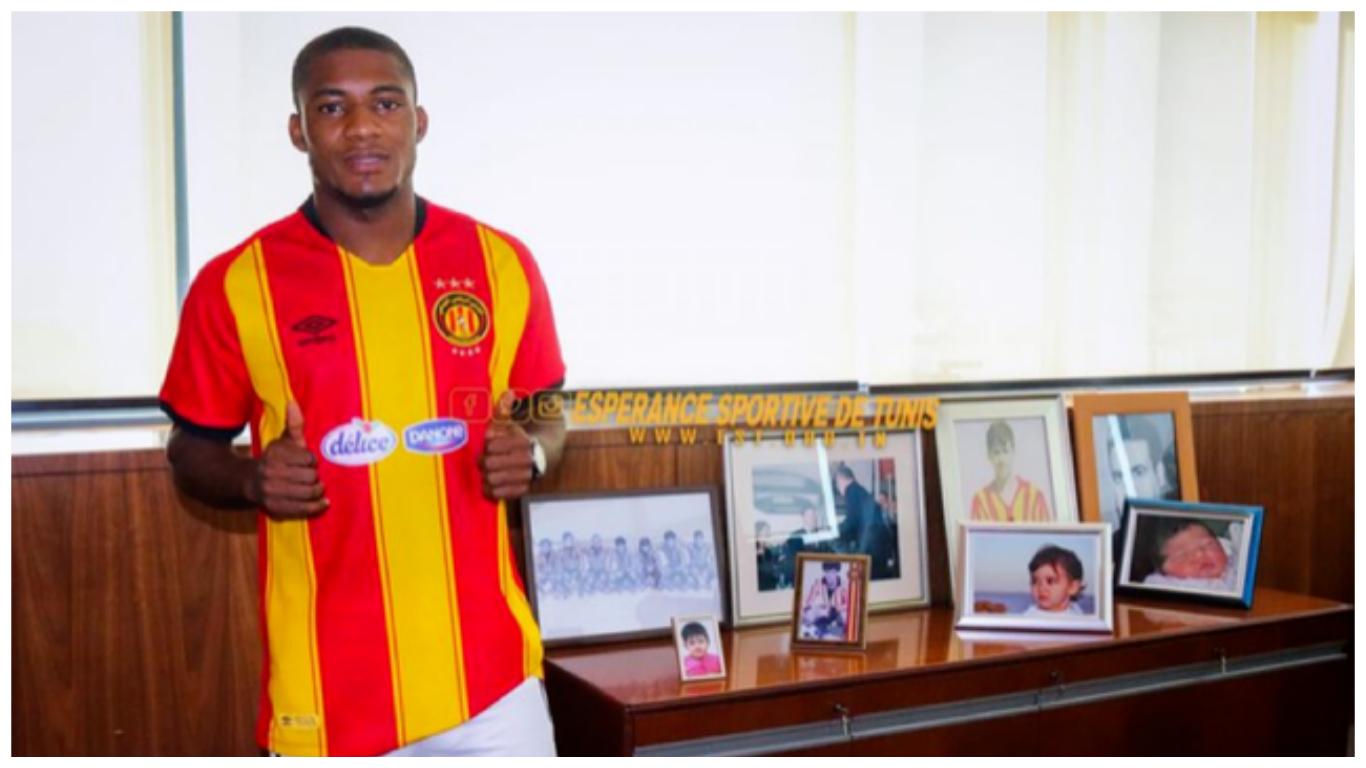 Anayo Iwuala completes Esperance switch from Enyimba
