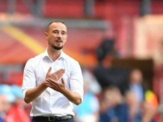 "Mark Sampson sacked due to ""inappropriate and unacceptable"" behaviour"