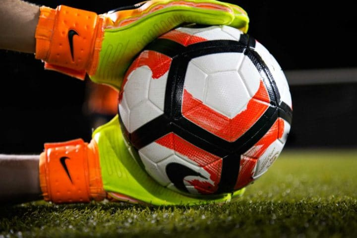 Why goalkeeper gloves an essential part of every soccer team's defense?
