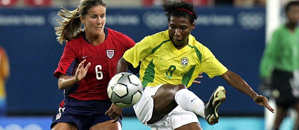 Why women's football hits the mark in the United States — Archy Worldys