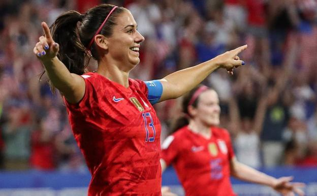 United States defeats England and will dispute the World Cup final — Newsy Today