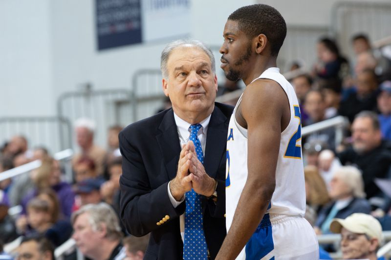 Hofstra Head Coach Joe Mihalich On Cancellation Of NCAA Tournament: 'We're On Cloud 9 And 36 Hours Later, Step Into A Nightmare' — CBS New York