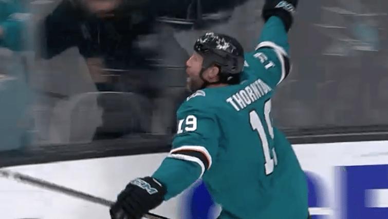 Thornton's 400th goal helps Sharks win wild one over Predators — ProHockeyTalk