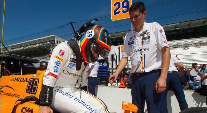 Alonso rueda con buenas sencaciones en Indycar