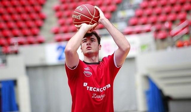 Unai Mendikote firma cuatro temporadas con el Bilbao Basket