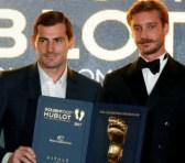Iker Casillas premiado con el Golden Foot