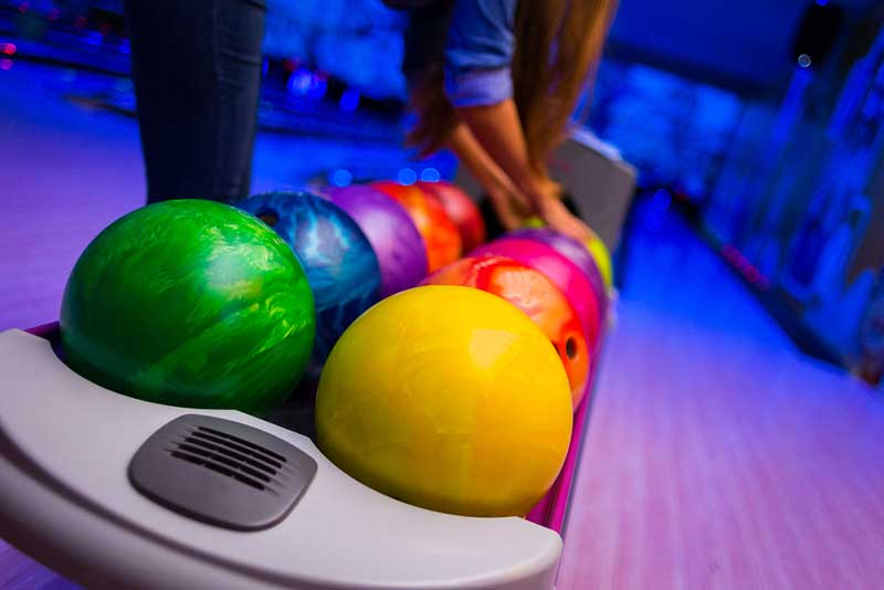 Best Bowling Ball – Buyer's Guide