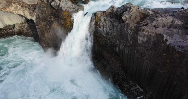 En vidéo – Nouria Newman en démonstration sur les glaciers Islandais