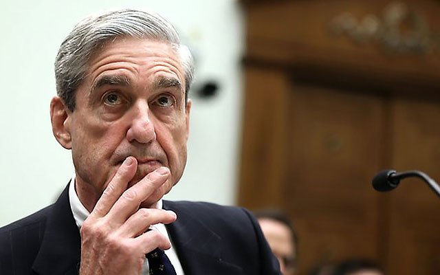 Ex-FBI director Robert Mueller will independently investigate the NFL. (Getty)