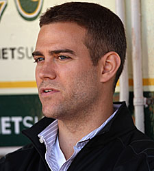 https://i2.wp.com/sports.cbsimg.net/images/visual/whatshot/theo-epstein-101111.jpg