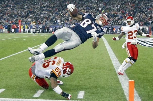 Why is Rob Gronkowski getting so much love? Because not many tight ends can do this. (US Presswire)