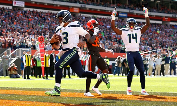 Seahawks grind out 32-28 win over Browns, improve to 5-1