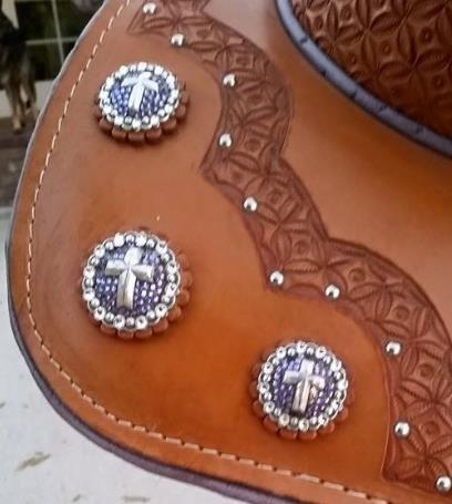 equestrian horse saddle custom stitching