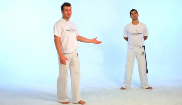 How to Do the Rabo de Arraia in Capoeira