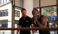 Learn how to throw an uppercut in boxing