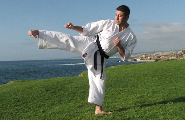 How to do the Side Kick or Yoko Geri in Karate