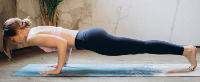Half Elbow Forearm Plank