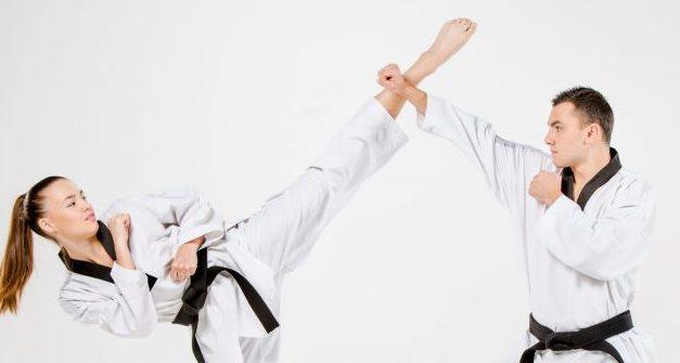 Blocking a Roundhouse kick in Taekwondo